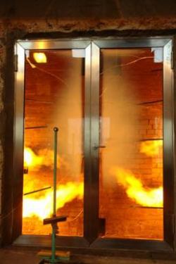 Что представляют из себя огнеупорные двери