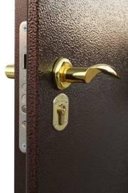 Устройство металлических дверей