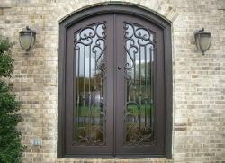 необычные входные двери